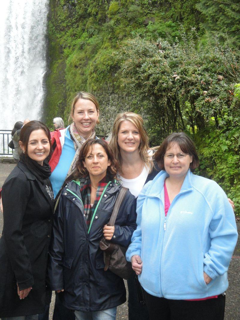 Jodi, Lorinda, Marie, Lianne, Teresa 033