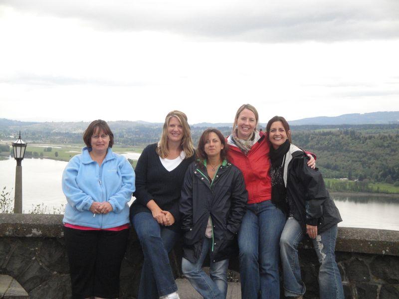Jodi, Lorinda, Marie, Lianne, Teresa 044